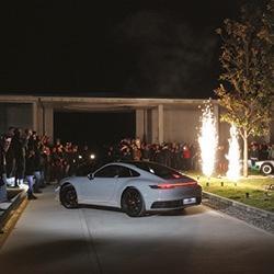 Porsche 911-992